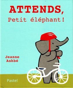 attends petit elephant